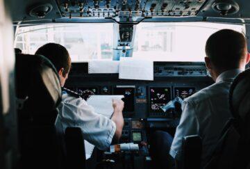 notam-cockpit-papeleo cabina